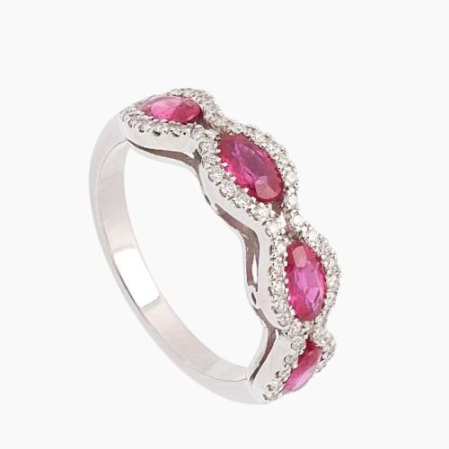 Sortija de oro blanco con rubíes y diamantes - 1