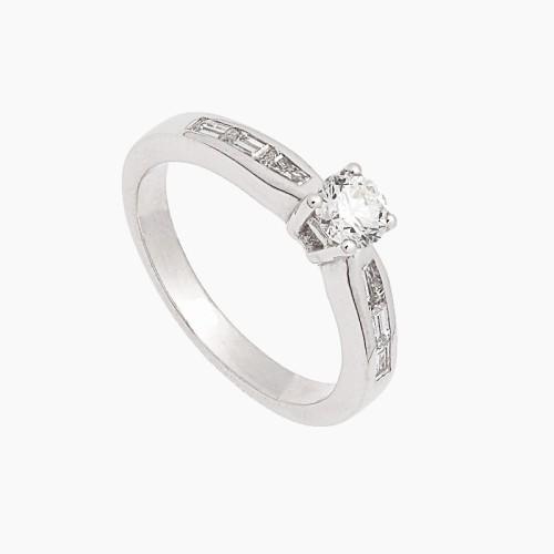 Solitario de oro y diamantes - 1